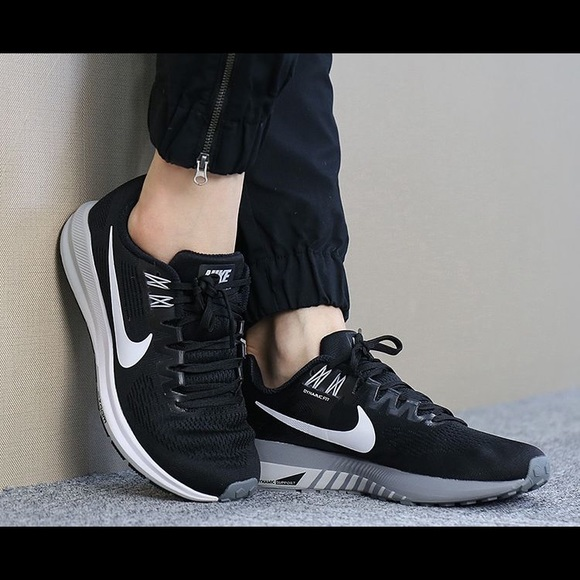 94ae350870d Nike Air Zoom Structure 21 Running Shoes. M 5ad834833b160883059f8402